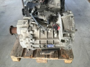 cambio zf 6 as 700 to  zf 1347 061 002 (4)